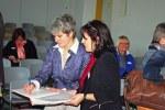 Mitte links: Prof. Dr. Gudrun Marci-Boehncke (Uni Dortmund). Sie hielt das Einführungsreferat über Bibliotheken, Schulen und Kindergärten als Partner bei der Leseförderung. Rechts: Die Leiterin der Schul- und Stadtbibliothek, Ilona Fuchs.